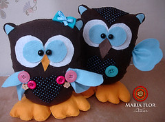 Pais corujas (mariafloratelier2) Tags: baby azul de com coruja bebê feltro chá quadrinho centrodemesa pesodeporta fraldamarrom