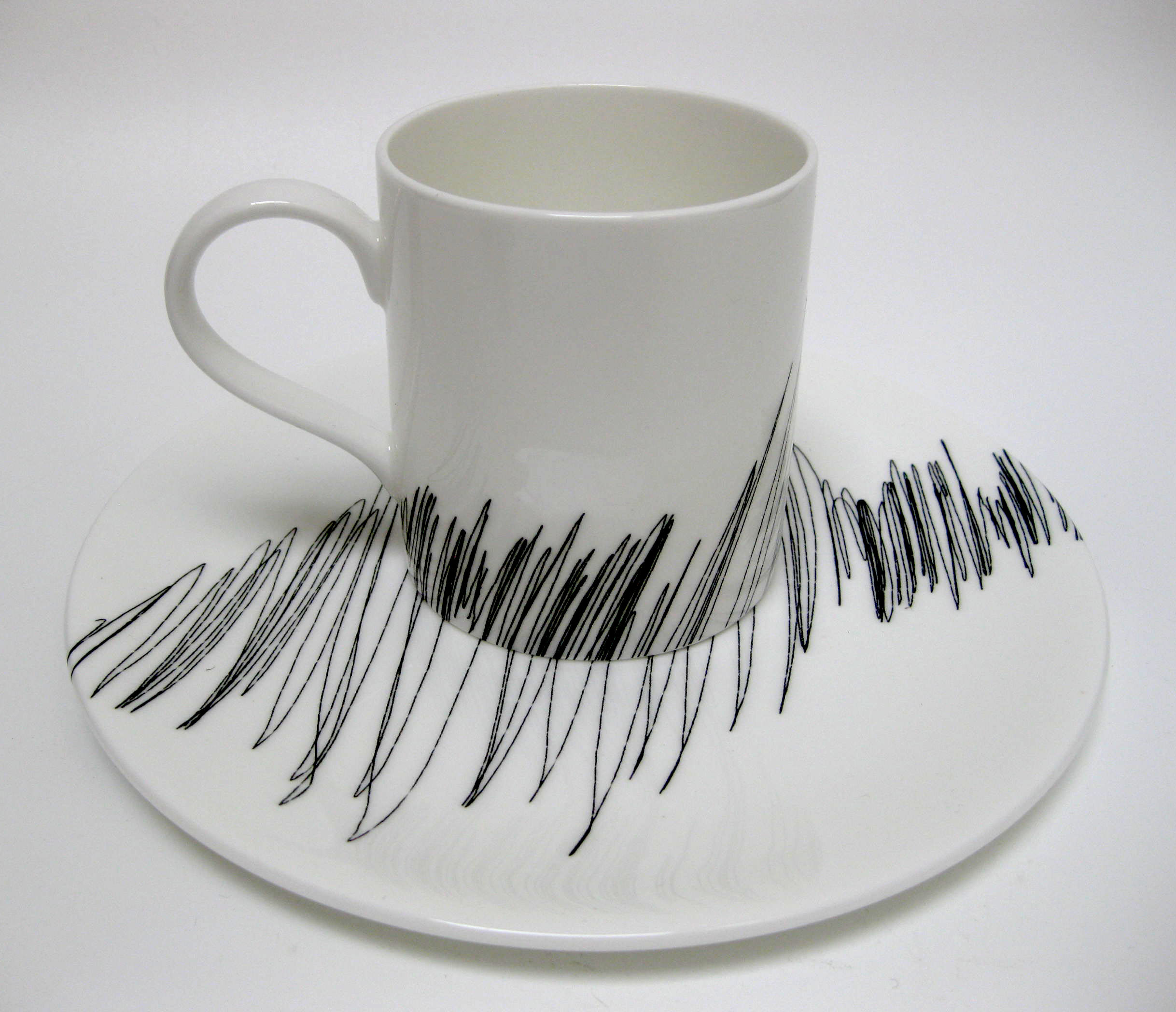 Scribble - Plate and Mug LHS