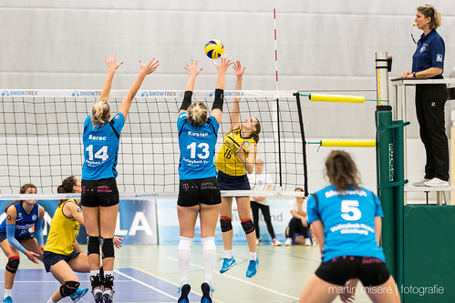 "3. Heimspiel vs. Volleyball-Team Hamburg • <a style=""font-size:0.8em;"" href=""http://www.flickr.com/photos/88608964@N07/32003262053/"" target=""_blank"">View on Flickr</a>"
