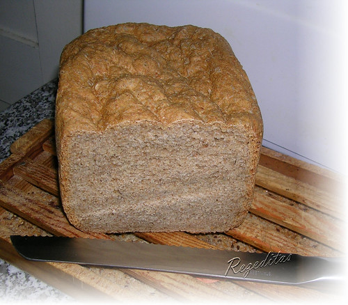 PAN DE ESPELTA Y SALVIA HISPANICA