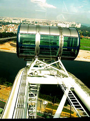 Singapore Flyer (karlacaraan) Tags: wheel singapore ferriswheel singaporeflyer