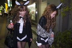 . (jonathan_pui) Tags: costumes people halloween night flash strangers roppongi 2009 slowsynchro grd3