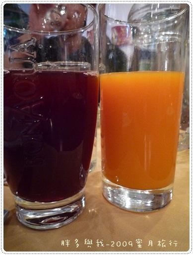 草莓汁及柳橙汁