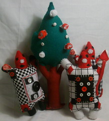 Go Ask Alice Plush Show- Card Guards & Plush Tree (LittleCritters00) Tags: alice plush card guards wonderland
