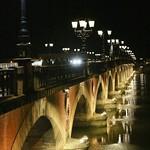 Bordeaux: Le pont de pierre, la nuit