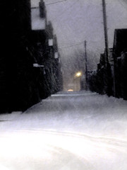 Softly falling... (*Debi) Tags: darlington alleyway fallingsoftly snow lamplight telephoneposts rooftops texture pe7texture