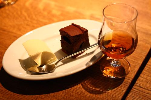 デザートとウイスキー