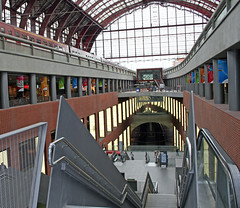 Antwerp Central Station (fanderaku) Tags: voyage travel travelling station architecture train europe belgium belgique belgie gare transport central eu trainstation antwerp traveling publictransport europeanunion antwerpen tgv centralstation anvers flanders centrale vitesse benelux interiorarchitecture garecentrale flandre antwerpcentralstation transportspublics traingrandevitesse unioneuropenne ferroviaire gareferroviaire lovelycity lptrains