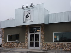 Six Degrees Restaurant & Bar