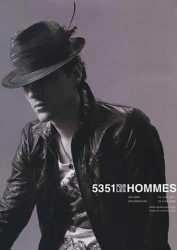 Hernan Lacasa5001_5351POUR LES HOMMES(COVER for STARS2010_03)