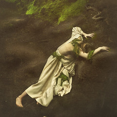 forgotten replicas (brookeshaden) Tags: old statue moss decay forgotten form emerge replicas leahjohnston brookeshaden