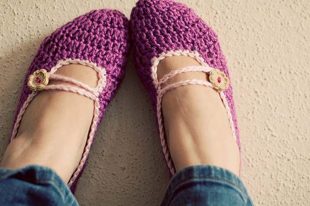 Ravelry: Mary Jane Slippers pattern by Lisa Gutierrez