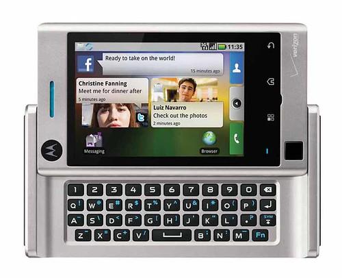 Motorola DEVOUR_FrontOpen.jpg