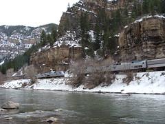 Zephyr eastbound meets westbound in Glenwood Canyon (iagoarchangel) Tags: train colorado canyon californiazephyr glenwoodcanyon