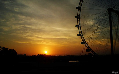sunrise and singapore flyer