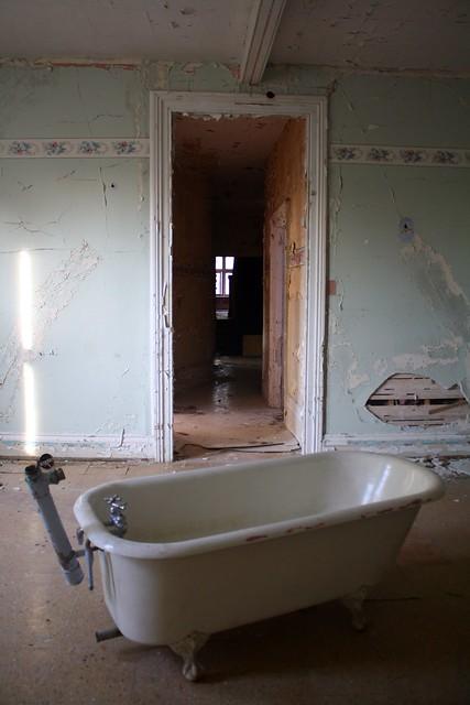 heritage tub