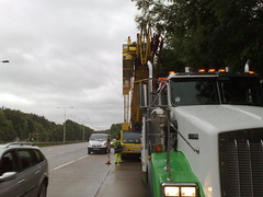 Dragon Rescue Kenworth towing a Crane (JAMES2039) Tags: rescue truck dragon crane cardiff breakdown heavy tow towtruck recovery kenworth wrecker 6wheeler t800 heavyrecovery underlift heavyunderlift dr06gon