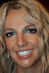 Britney Spears (36420) (Thomas Becker) Tags: madame tussaud celebrity london geotagged museu puppet spears statues muse celebrities wax museo bakerstreet britney figuras muzeum figur cera britneyspears tussauds puppe madametussauds lookalike waxfigure waxwork waxworks cire mme wachs promi panoptikum cere mmetussauds musedecire wachsfigur wachsfiguren museodecera mmetussaud wachsfigurenkabinett museudecera museodellecere muziejus geo:lon=0155118 vaxmuseum geo:lat=51522757 gabinetfigurwoskowych woskowe vakofigrmuziejus vako