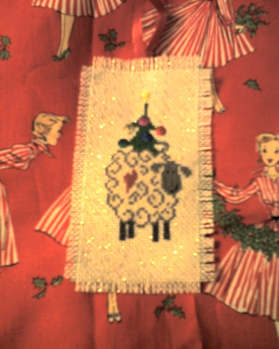 christmas sheep ornament  sheep swappers   camera was putting way to much of