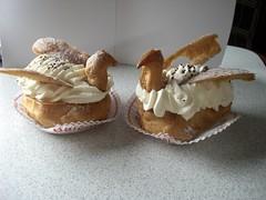 Cisnes (Luicabe) Tags: france bretagne luis francia morbihan cabello dulces cisnes baud bretaña