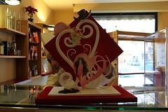 Piccola pièce in zucchero  pastigliaggio e aerografia. San Valentino 2010