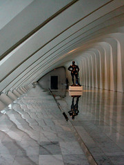 A Body in Space (lefeber) Tags: windows sculpture reflection museum wisconsin architecture hall vanishingpoint perspective angles hallway lobby calatrava milwaukeeartmuseum milwaukee ribs plus