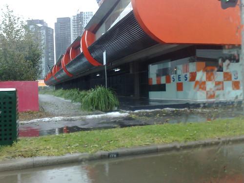 SES in Sturt St - note hail