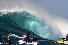 Todos Santos - Translucent Beauty (nathangibbs) Tags: ocean sea water mxico big barrel wave tunnel pit clear event santos foam ensenada cave curl todos todossantos canon70200mmf28l canoneos30d