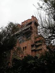 The Twilight Zone Tower of Terror (liangjinjian) Tags: winter usa orlando nikon florida disney coolpix amusementpark 2010   p80 hollywoodstudios
