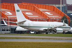 HZ-101 - 32805 - Saudi Arabian Air Force - Boeing 737-7DP BBJ - Luton - 091209 - Steven Gray - IMG_4937