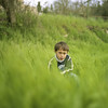 Le petit peuple de l'herbe #2 (mistral_mars) Tags: green grass kid spring kodak s bronica luberon sq f28 80mm alpesdehauteprovence zenza zenzanon epsonv700 ektar100 carréfrançais saintmartinleseaux