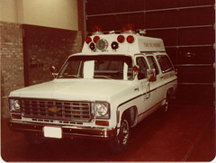 Plano, Texas Fire Department Suburban by Summers Coaches (Dr. Mo) Tags: rescue classic chevrolet fire suburban ambulance 1970 plano emergency firefighter bls ems siren firedepartment procar jimmoshinskie robertknowles summercoaches