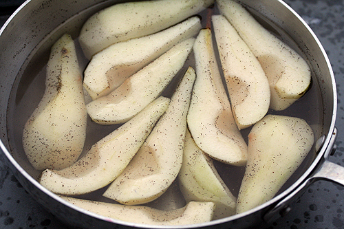 poaching pears