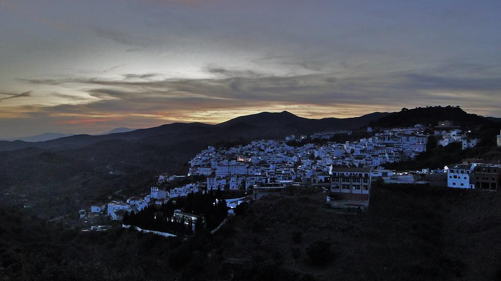 Anochecer en Almogía