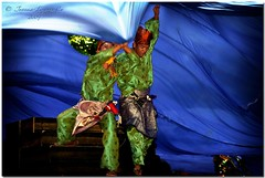Davao Kadayawan 2009 - Tauti (JoLiz) Tags: street sea heritage festival dance costume fishing fisherman fishermen dancing muslim philippines culture tribal parade catfish tribe drama ethnic 2009 davao cultural indigenous mindanao tawitawi davaocity kadayawan lumad indakindak tauti