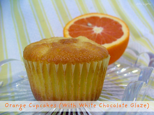 Rich Orange Cupcakes (With White Chocolate Glaze)