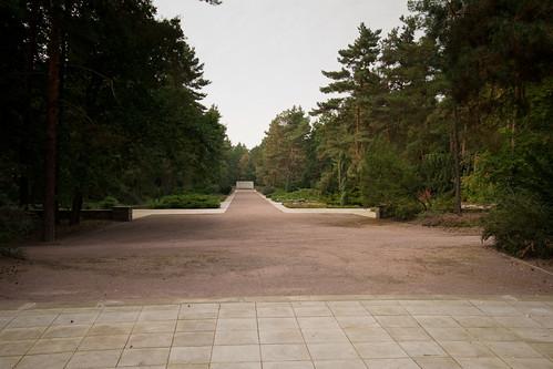 Germany - Dresden Memorial - Heidefriedhof Cemetery - 21 09 09 -8