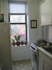 IMG_4273 (flaschenpostpics) Tags: nyc myfirstapartment manhattanapartment apartmenttherapyny uppereastsidestudio