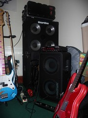 New rig next to old (IdleParis) Tags: new rebel bass head cab size tc electronic controller comparison transporter hartke rc4 4x10 tcelectronic 1x15 rh450 rs210