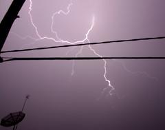 Relmpago - Lightning (Ivan Costa) Tags: sky rain weather chuva wires strike lightning tempest ceu fios temporal clima relampago