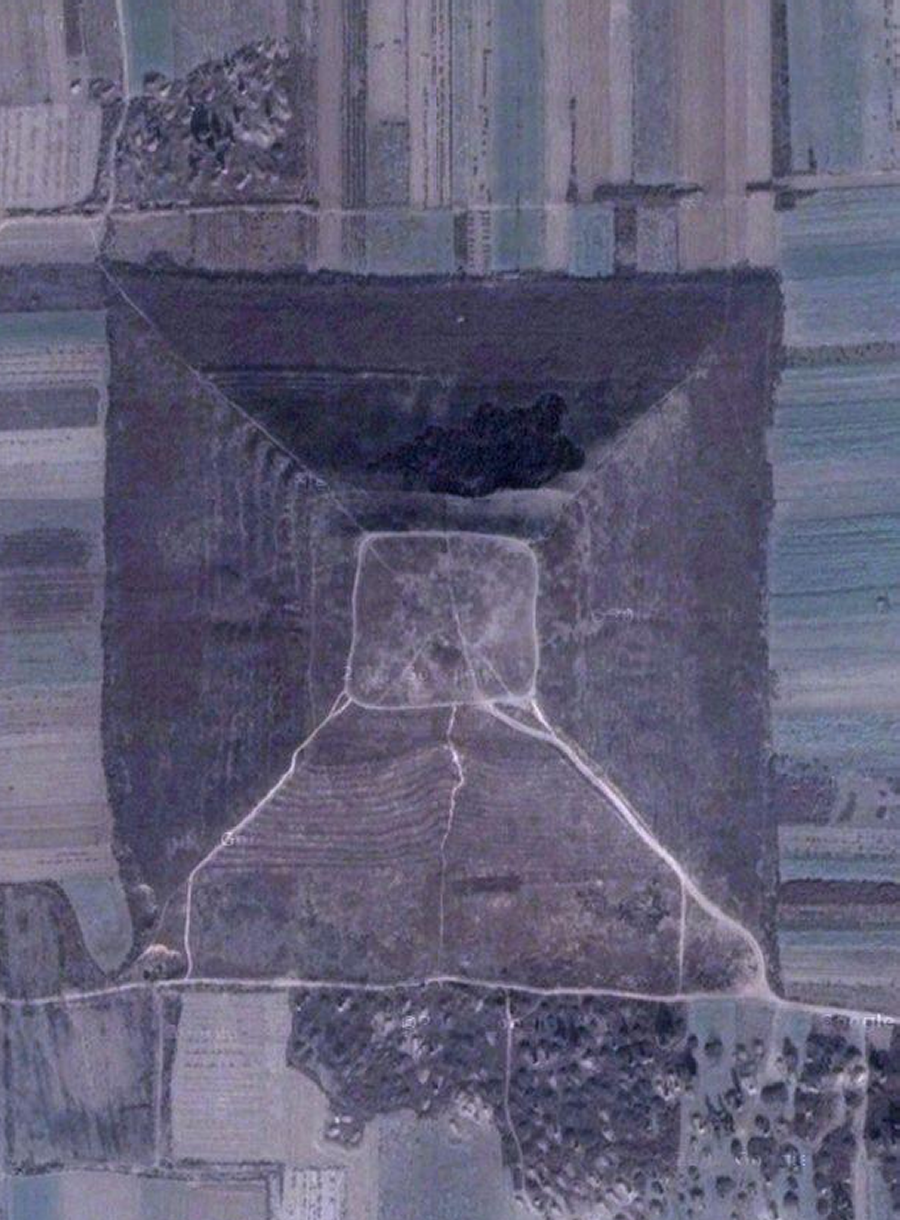 China_Pyramid_Wei_Ling_15_900