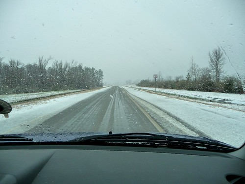 Snow Heading to I-65 from Atmore, AL