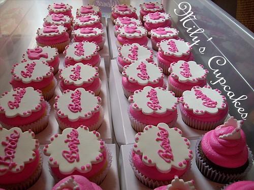 Mily's Cupcakes: Cumple tematico de Barbie para ABRIL!!