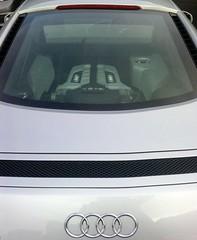 Audi R8 V8 FSI (davekpcv) Tags: cameraphone car silver lg coche kc supercar v8 r8 fsi 550 aidi