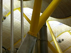 Madrid Airport (Wurzel) Tags: madrid yellow airport spain curves angles terminal ceiling aeroportodemadridbarajas thingsyoutakephotosofwhenboredwaitingforyourconnectingflight