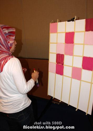 pink squares design