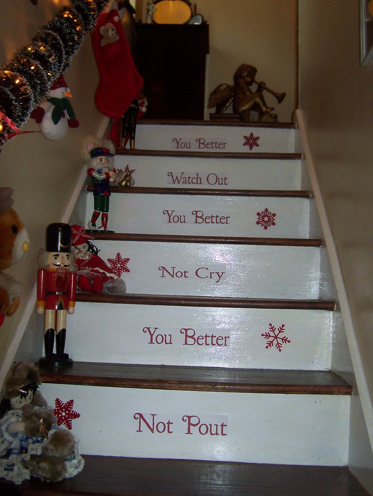 Great Christmas Stairs Decorating Ideas 769 x 1024 · 449 kB · jpeg