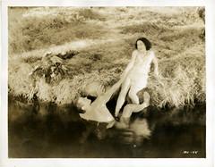 7000-3901 (AliceJapan ʕ •ᴥ•ʔ) Tags: 1932 johnny maureen mgm weissmuller johnnyweissmuller maureenosullivan o'sullivan tarzantheapeman