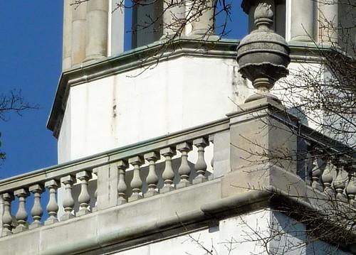 P1000665-2010-02-07-Shutze-Emory-Glenn-Rear-Steeple-SE-Urn-Upper-Balustrade-detail-Detail