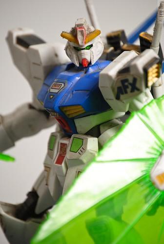 Strobing a Gundam
